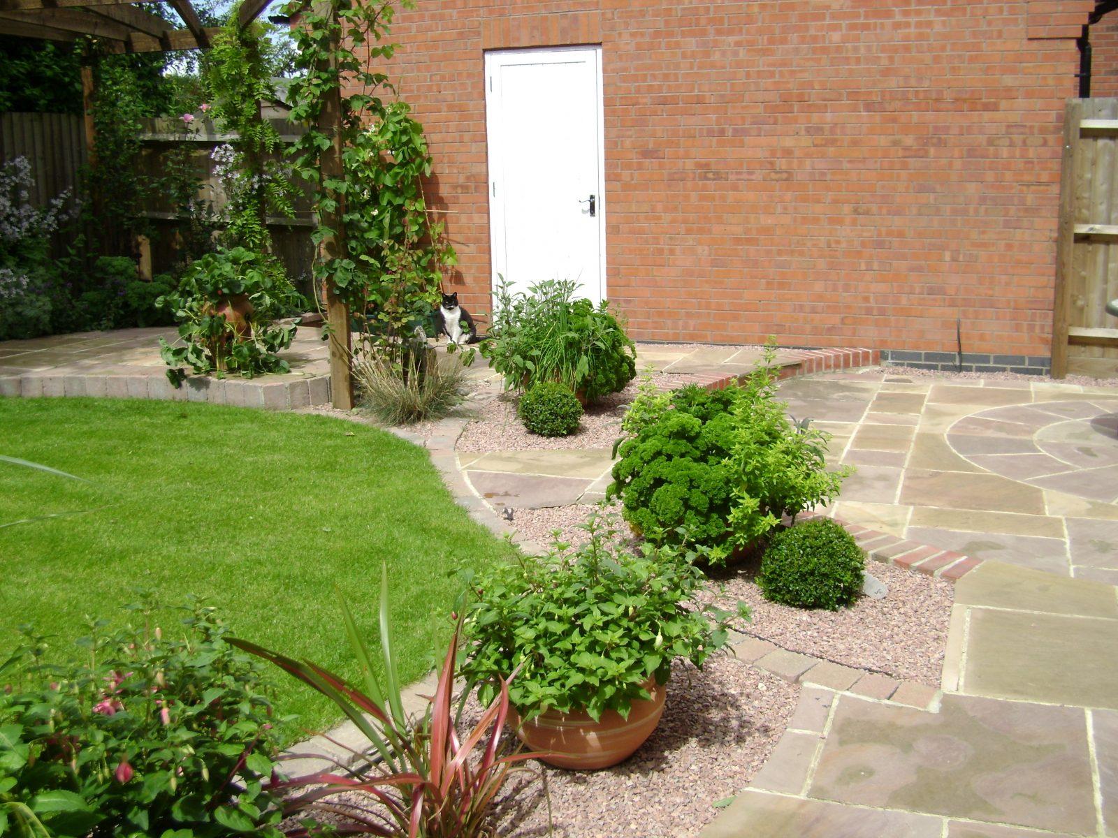 Manholes To Hide Garden Design Amp Planting Services
